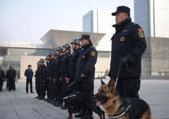 泰安保安公司带你认识安检员和保安!